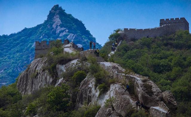 徒步寻访传说中的万里长城-九谷口